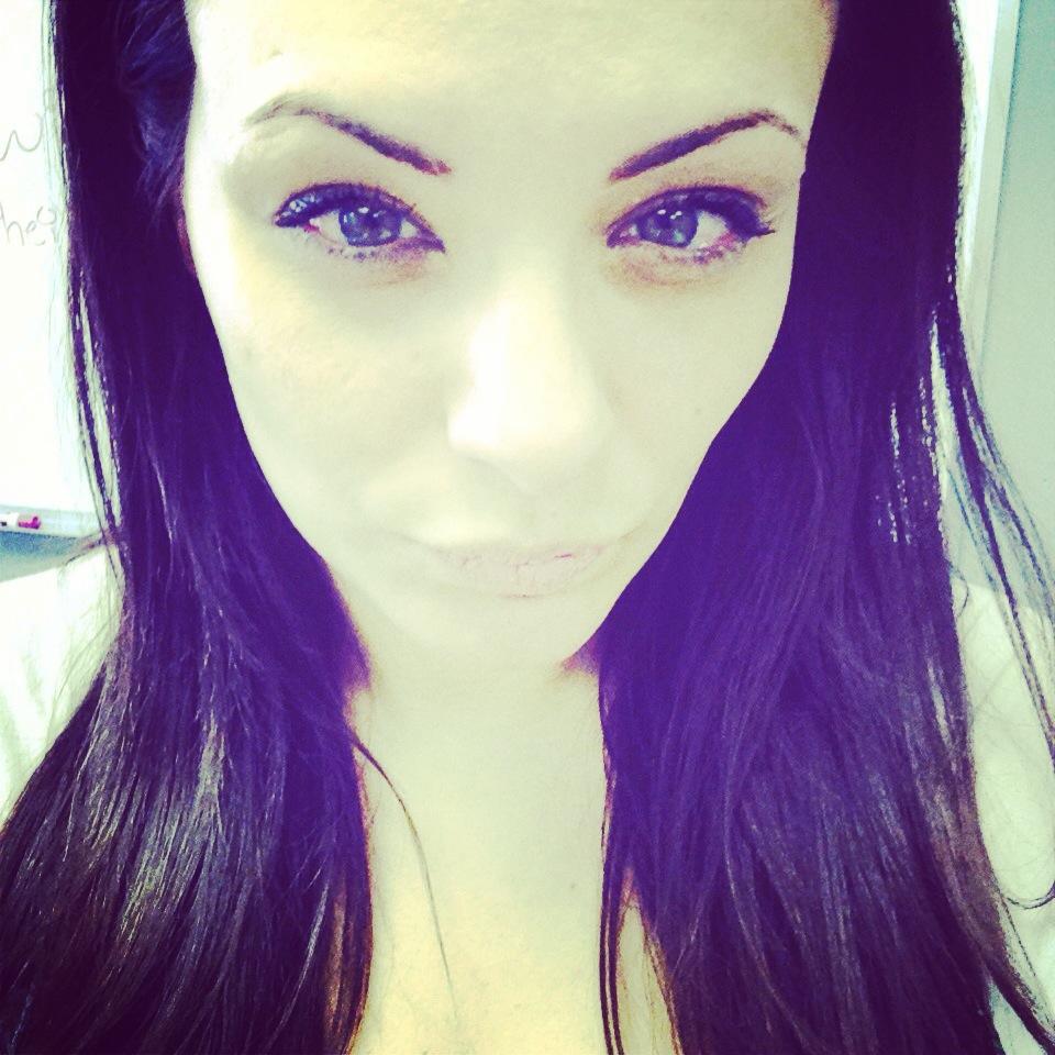 Beauty Eye For An Eye Eyebrow Waxing Gone Wrong The Daily